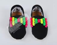 Neon Zımbalı Ayakkabı